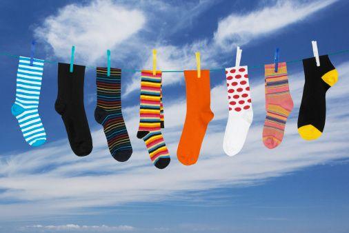 Британские ученые вывели формулу, учитывающую факторы потери носков при стирке